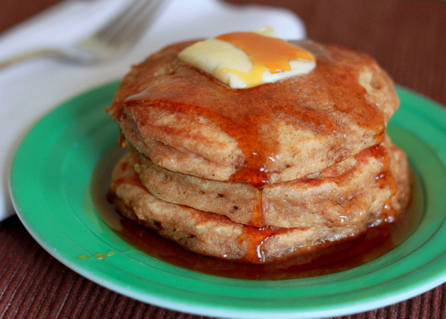 apple-cider-pancakes