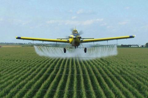 pesticideplane